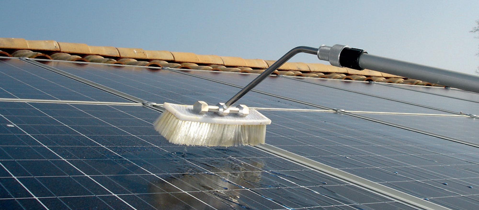 nettoyage panneaux solaires nil